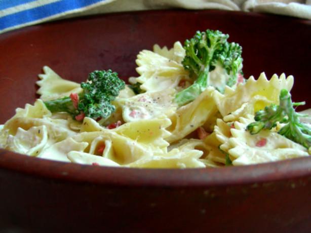 bow tie broccoli salad recipe food