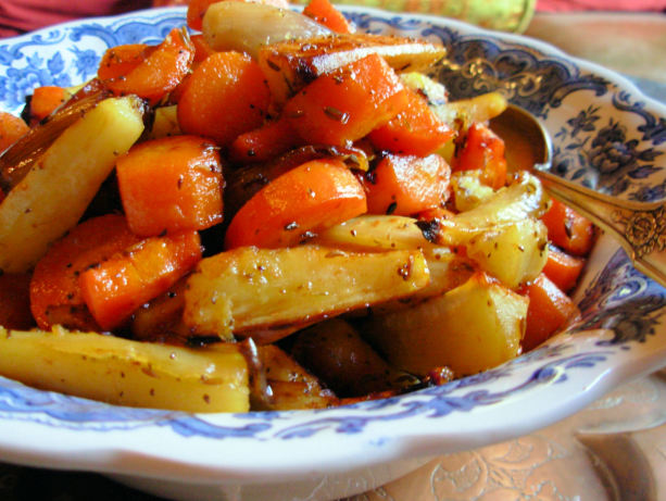 Festive Honey-Glazed Roasted Root Vegetables With Saffron Recipe ...