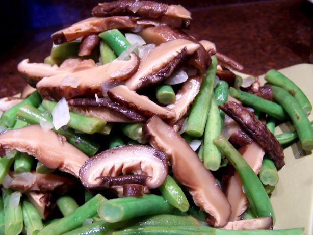 Lemony Green Beans With Shiitake Mushrooms Recipe - Food.com