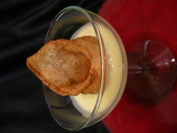 Banana Wontons With Coconut Cream Sauce Recipe - Chinese ...
