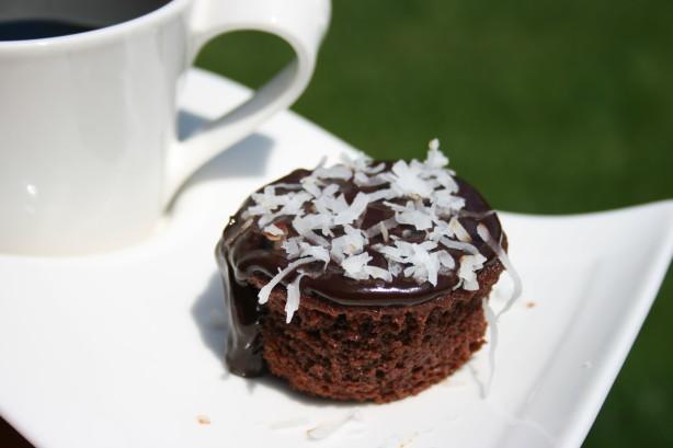 Individual Chocolate Cakes With Chocolate Coconut Glaze Recipe - Food ...