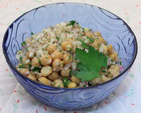 Chickpea Salad With Garlic-Cumin Vinaigrette Recipe - Food.com