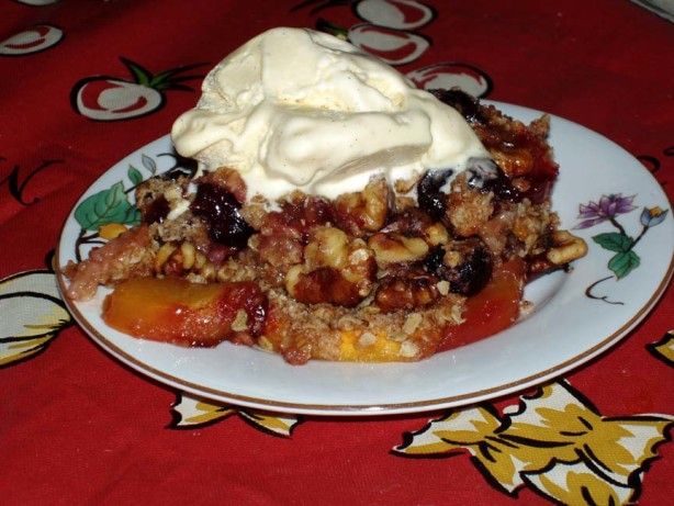 Nectarine Raspberry Crisp With Spiced Oatmeal Crumb Topping Recipe ...