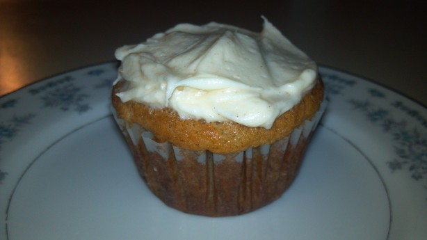 Banana Cupcakes With Honey-Cinnamon Frosting Recipe - Food.com
