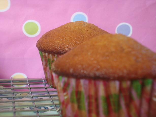 Sweet Strawberry Cupcakes From Sprinkles Cupcake Shop Recipe - Food ...