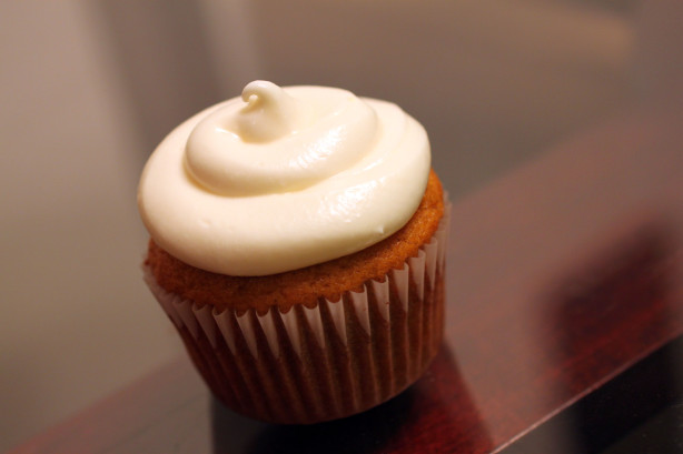 Pumpkin Cupcakes With Creamy Cream Cheese Frosting Recipe - Food.com