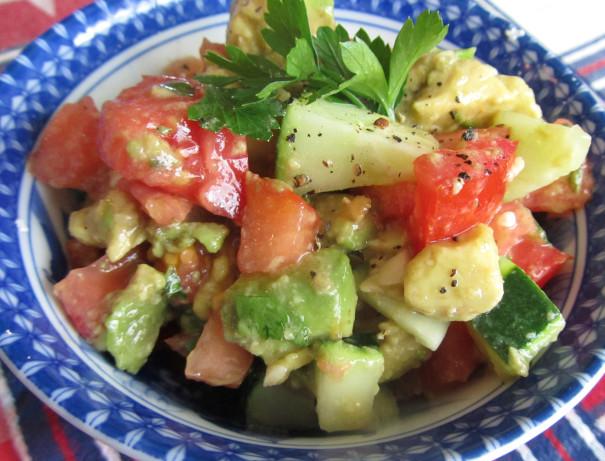 Cucumber Tomato Surprise Salad Raw Recipe) Recipe - Food.com