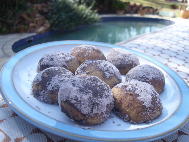 Chocolate Mexican Wedding Cookies Recipe