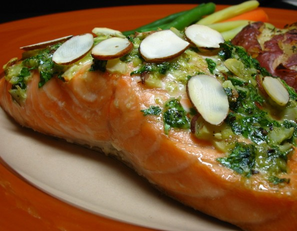 how to cook salmon fillets with pesto