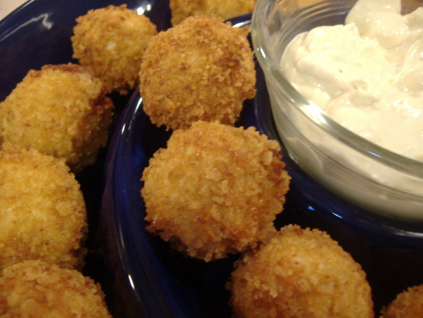 ... ' Our Skinny On!: Buffalo Chicken Cheese Balls With Blue Cheese Dip