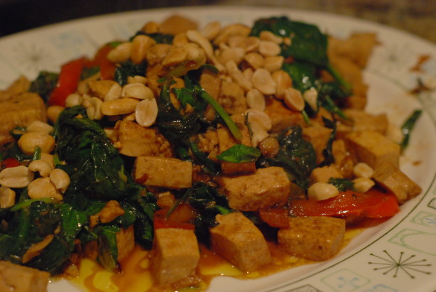 Spicy Thai Tofu With Red Bell Peppers And Peanuts Recipe - Healthy ...