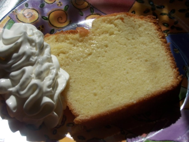 Elvis Presleys Favorite Whipping Cream Pound Cake Recipe