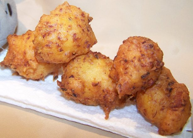 Alligator Hush Puppies Recipe - Southern.Food.com