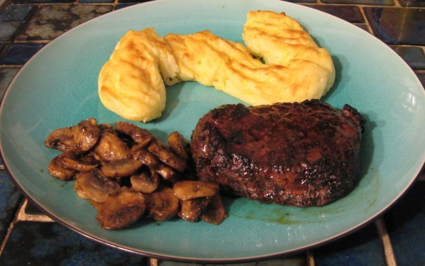 Marinated filet mignon recipe - Best marinade for filet mignon on grill ...