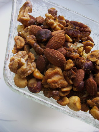 Simple Sweet And Savory Spiced Walnuts Recipe - Food.com