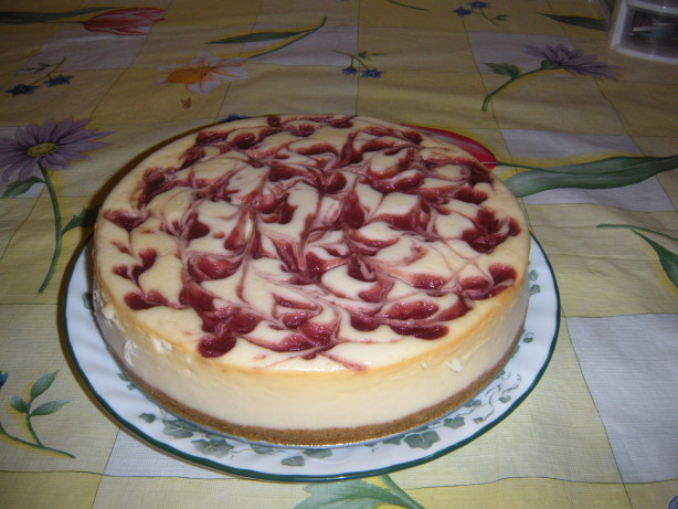 Strawberry Swirl Cheesecake Recipe Cheesecake Factory Strawberry Swirl Chees...