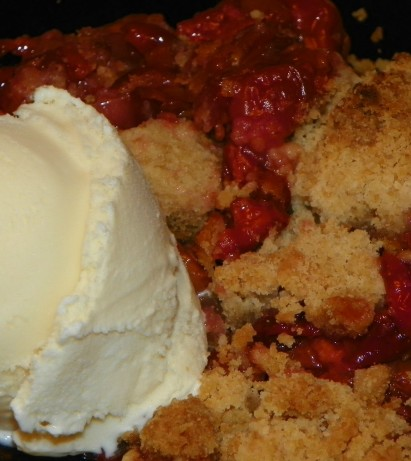 Sour Cherry Pie With Pistachio Crumble Topping Recipe - Food.com