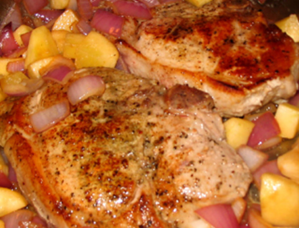 Pork Chops With Apples, Onions And Cheesy Baked Potatoes Recipe - Food ...