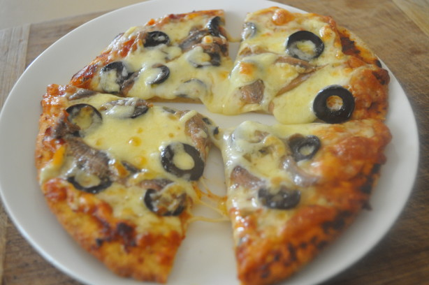 Quick Pizza With Olives And Anchovies Recipe - Food.com