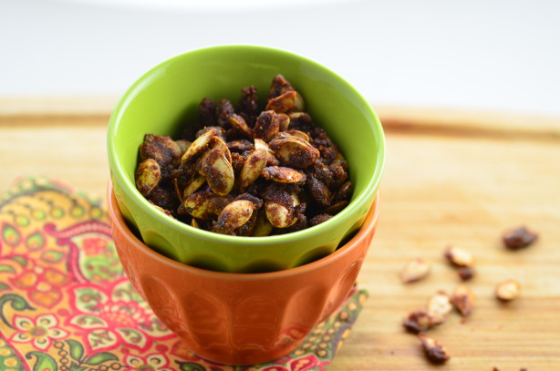 Sweet And Spicy Pumpkin Seeds Recipe - Food.com