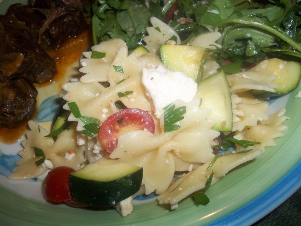 Pioneer Womans Pasta Salad With Tomatoes, Zucchini And Feta Recipe ...