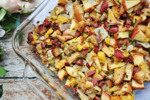 Cornbread, Sausage, Apple, And Pecan Stuffing Recipe - Food.com