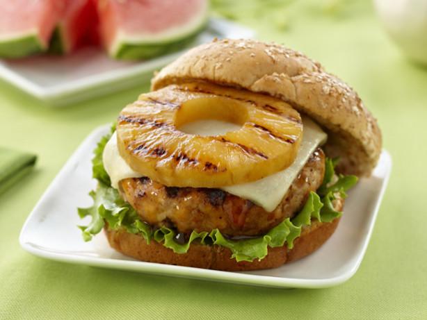 カロリーが気になる人も大丈夫♪ヘルシーハンバーガーのアレンジレシピ3選