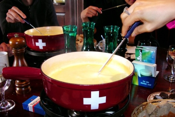 Authentic Original Traditional Swiss Fondue Old World Recipe) Recipe ...