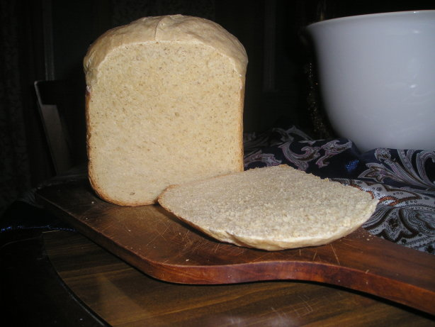 Crowd Pleasing Light Oat Bread Bread Machine) Recipe ...