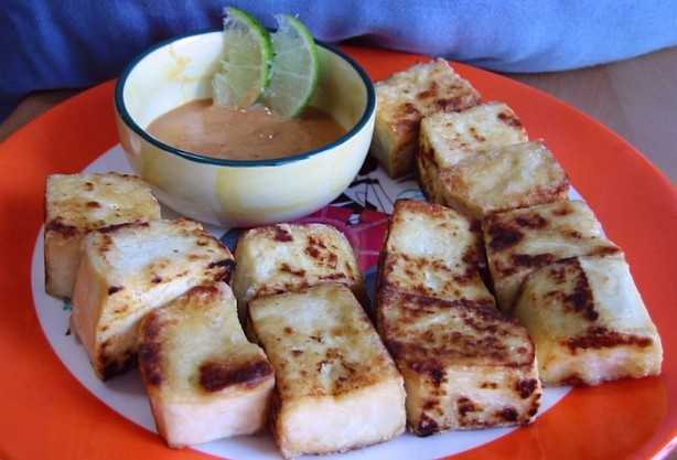 Pan-Fried Tofu With Spicy Peanut Sauce Recipe - Food.com