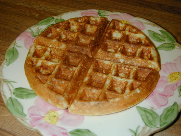 Crispy Cornmeal-Bacon Waffles Recipe - Food.com