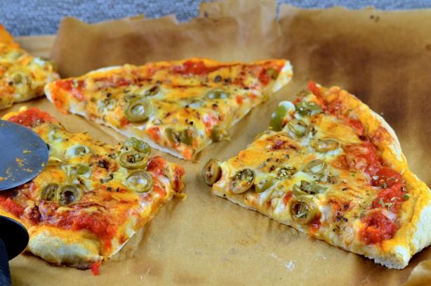 Thin Pizza Crust Recipe - Food.com