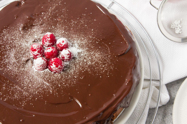Chocolate Fantasy Cake With Chocolate Ganache Icing Recipe