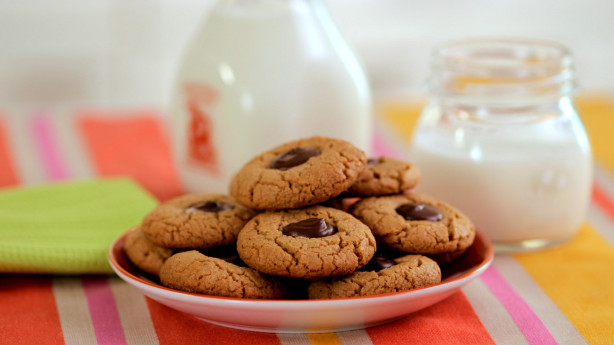 Chocolate-Peanut Butter Thumbprint Cookie Recipe - Food.com