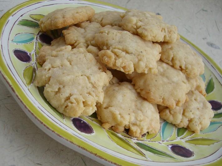 Giada's Pecorino Crackers