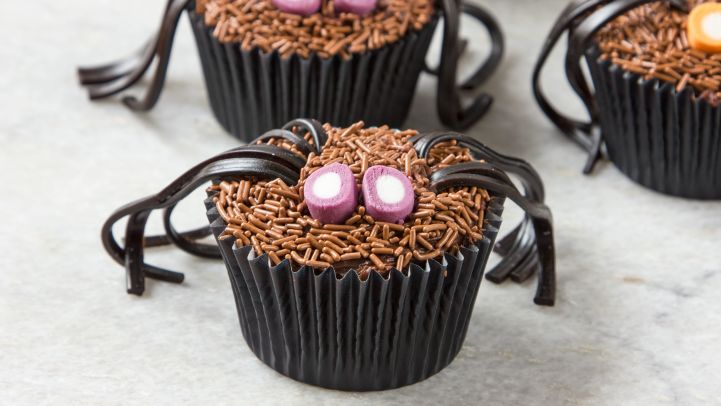 Scary Halloween Cupcake Recipes And Ideas - Genius Kitchen