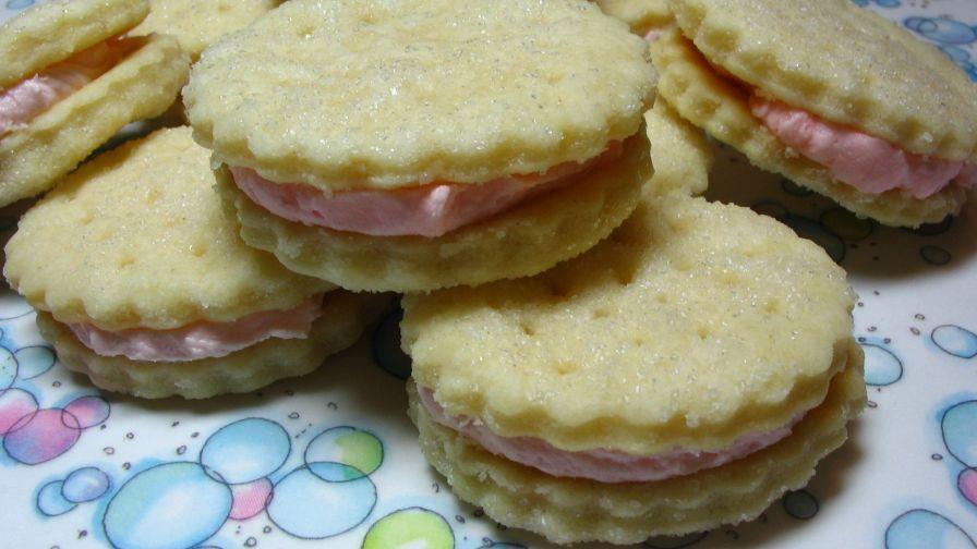 Lemon Creme Sandwich Cookies With Lemon Cake Mix