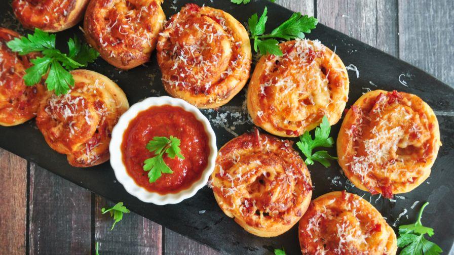 Pizza roll ups recipe genius kitchen forumfinder Images