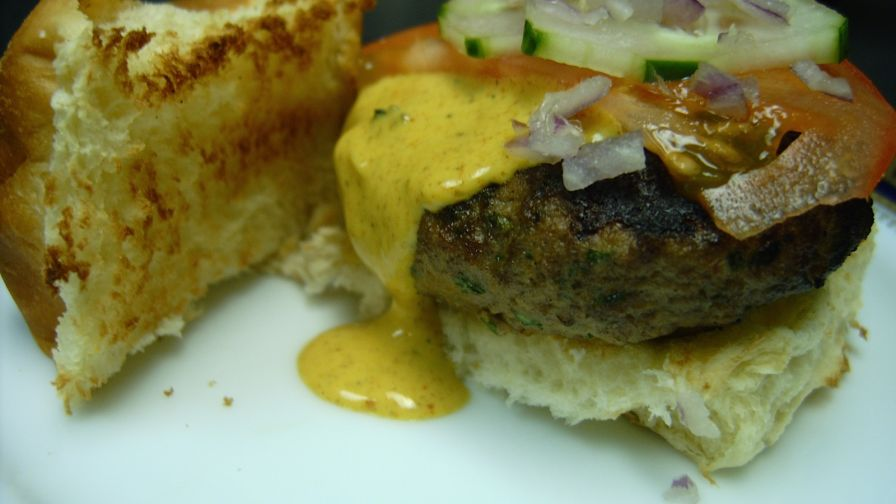 Bombay sliders with garlic curry sauce recipe genius kitchen 4 view more photos save recipe forumfinder Image collections