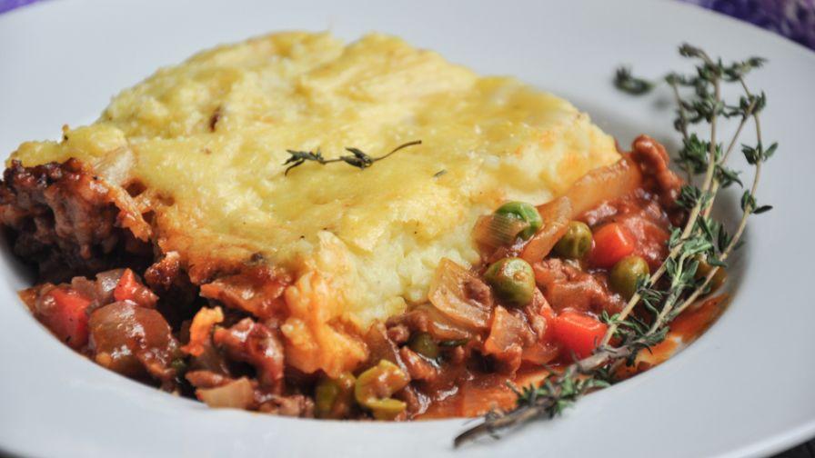 Traditional irish shepherds pie recipe genius kitchen 39 view more photos save recipe forumfinder Images
