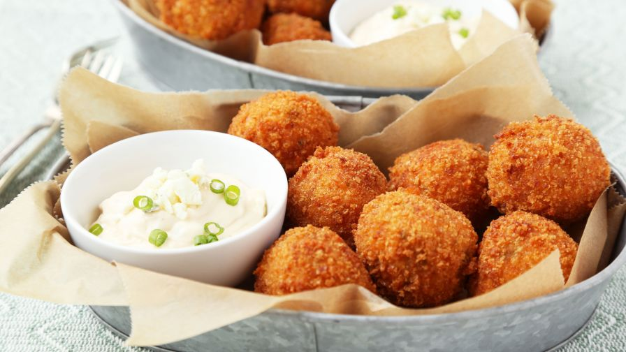 recipe: fried buffalo chicken balls [38]