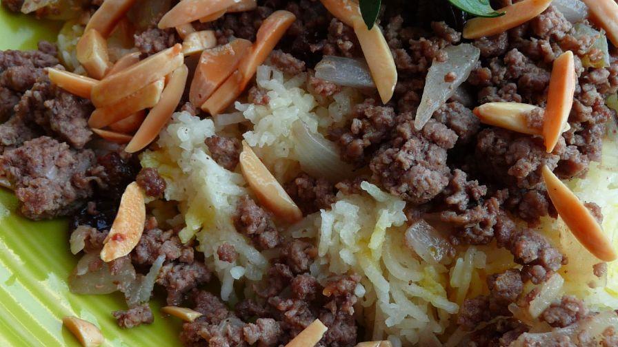 Timman zaffaran iraqi saffron rice with meat recipe genius kitchen 3 view more photos save recipe forumfinder Images