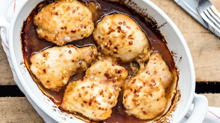 Honey garlic chicken thighs recipe genius kitchen 23 view more photos save recipe forumfinder Choice Image