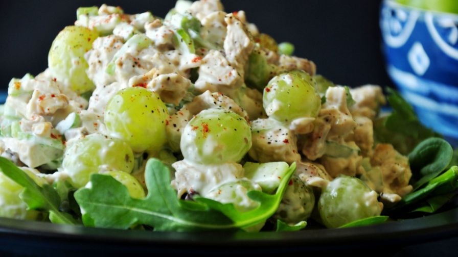 recipe: chicken macaroni salad with grapes [39]