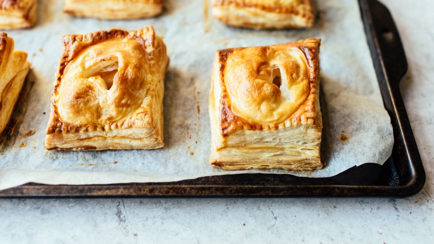 Native american easy recipes genius kitchen individual puff pastry apple pies forumfinder Choice Image