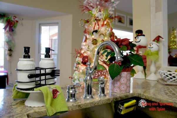 Information about rate my space questions for for Christmas decorating ideas for kitchen cabinets