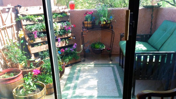 Charming Garden Patio, Small Condo Patio With A Garden, Condo Patio With Garden .