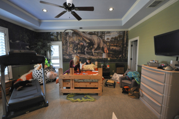 hunting theme bedroom changing a juvenile room to a teen bedroom with