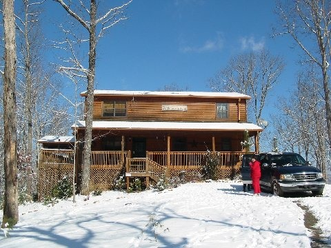 Christmas at Buckhorn Lodge, There's no place like the mountains for a Jolly Holiday Christmas., Holidays Design