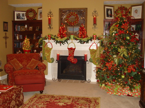 My Favorite Time of the Year, This is my living room all decorated for Christmas.  This year I went with the tradtional red and green modernized somewhat.  Let me know what you think.Hope each of you have a very blessed Christmas., Additional shots of my living room , Living Rooms Design
